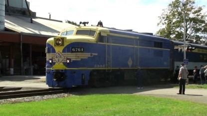 train-halloween-1